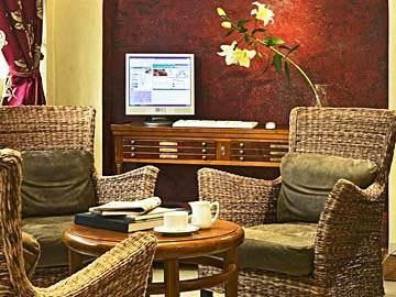 Hotel Emeraude Madeleine Haussmann