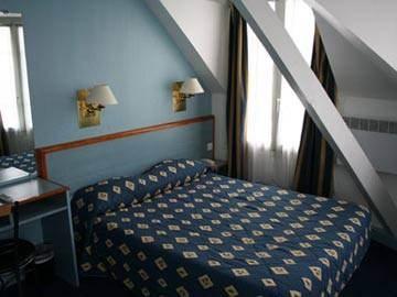Hotel Comfort Montmartre Place du Tertre