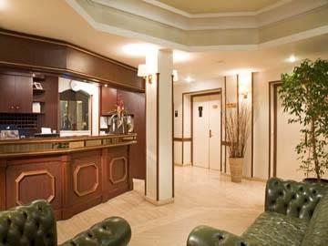 Hotel Timhotel Paris Clichy