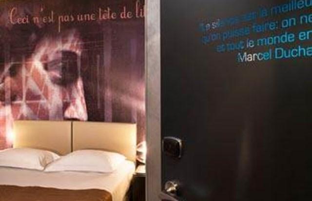 Hotel la villa des artistes ufficio del turismo di parigi for Hotel modigliani parigi