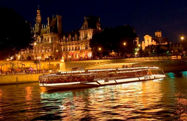 Bateaux-Mouches - Dinner cruise