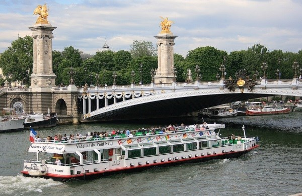 Vedettes du Pont Neuf - River cruise