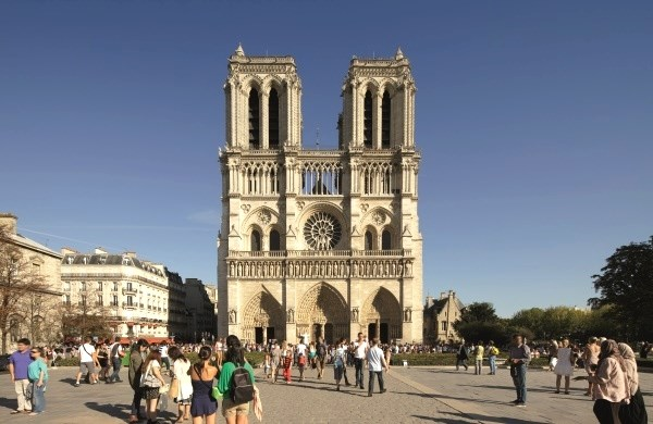 Notre Dame de Paris Cathedral towers - Independent visit