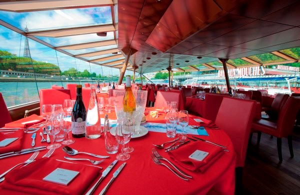 Christmas Lunch Cruise - Bateaux-Mouches